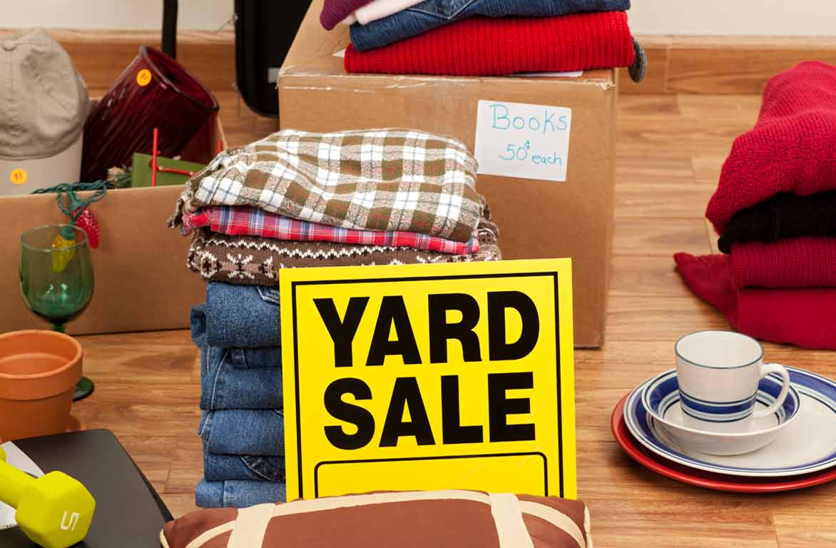 plan a yard sale moving